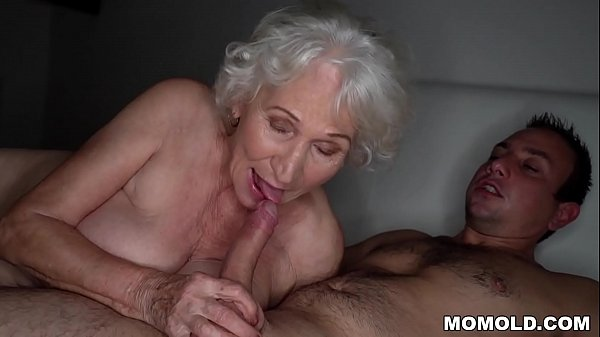 Older Woman Granny Tits Old Ass